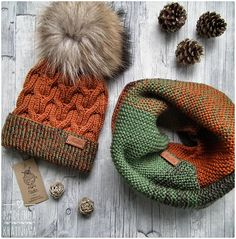 Knitting Machine Poncho Scarfs Ideas For 2019 Baby Hats Knitting, Knitting Socks, Crochet Shoes, Crochet Yarn, Knitting Machine Patterns, Cable Knit Hat, Beanie Pattern, Knitted Gloves, Soft Hair