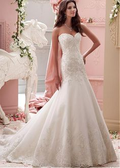 Elegant Organza Sweetheart Neckline Dropped Waistline A-line Wedding Dress With Beaded Lace Appliques
