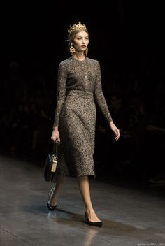 Dolce & Gobbana Fall 2013  #Modest doesn't mean frumpy. #DressingWithDignity on.fb.me/1lfqxT2