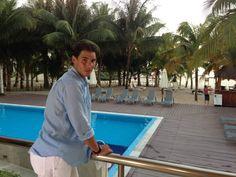 Rafael Nadal: Hemos pasado unos días espectaculares aquí en el Secrets Aura de Cozumel. Entrenamiento y lo que veis.... Mañana ya vamos para Acapulco.     We spent a few days here at Secrets Aura in Cozumel. Practicing and what you see .... Tomorrow I go to Acapulco!