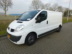 For sale: Used and second hand - Van RENAULT Closed Van TRAFIC 2.0 DCI