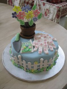 Garden Cake From the Celebrate With Fondant Wilton Book Cupcake Icing, Cupcake Cakes, Beautiful Cakes, Amazing Cakes, Flower Pot Cake, 70th Birthday Cake, Spring Cupcakes, Mom Cake, Garden Cakes