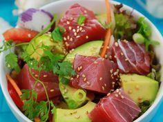 Poke bowl avocat et thon mariné - Buddha bowl rezepte Poke Bowl, Paleo Recipes, Asian Recipes, Ethnic Recipes, Avocado Recipes, Paleo Food, Raw Tuna, Tuna Poke, Ahi Poke