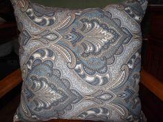 Throw Pillow A 18 x 14 Richloom Solarium by reginatherrienstock