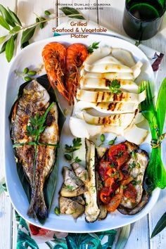 Mediterranean Grilled Seafood and Vegetable Platter Apron and Sneakers - C. - Mediterranean Grilled Seafood and Vegetable Platter Apron and Sneakers – Cooking & Travelin - Grilling Recipes, Fish Recipes, Seafood Recipes, Cooking Recipes, Healthy Recipes, Sardine Recipes, Sauce Recipes, Drink Recipes, Seafood Platter