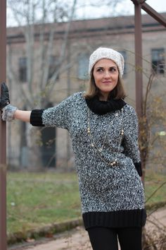 Fashion blogger, Fashion blog, Maggie Dallospedale fashion diary, fashion outfit, Knitted Dress, 8