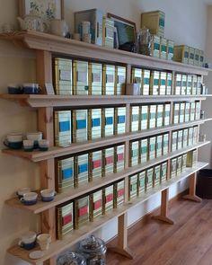 Nos encanta presentaros nuestra carta de #tés. En cada caja un #tesoro una #leyenda una #tradición milenaria... Siempre pequeños o grandes descubrimientos...que es un #lujo ofreceros.... #felizmiércoles #valletealovers #tiendadeté #gourmet #salud #nature #slowfood #teatime #condeduquegente #malasaña #love and #tea by tevallegourmet