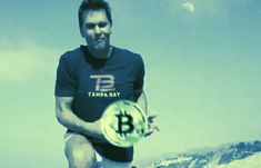 Tom Brady Open to Earn Part of Salary in Bitcoin, Ethereum, or Solana