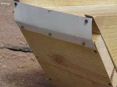 Picture of The Box Top Bar Hive, Bee Keeping, Bee Hives, Bees, Design, Pictures, Photos, Grimm