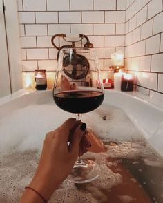 Candle-lit bath🛁 > Candle-lit dinner🕯 Because you can't do your at the dinner table 💁🏻♀️. Candle-lit bath🛁 > Candle-lit dinner🕯 Because you can't do your at the dinner table 💁🏻♀️. Bath Candles, Relaxing Bath, In Vino Veritas, Spa Day, Bath Time, No Time For Me, Red Wine, Alcoholic Drinks, Bubbles