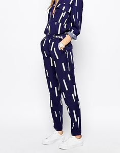 Love the print on these Selected Anzia Trousers with D-Ring