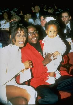 Whitney Houston's Daughter, Bobbi Kristina, Remains in Coma After Being Found Unconscious