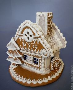 Cool Gingerbread Houses, Gingerbread House Designs, Gingerbread House Parties, Christmas Gingerbread House, Gingerbread Cookies, Christmas Deserts, Cookie House, Edible Gifts, Cookie Designs
