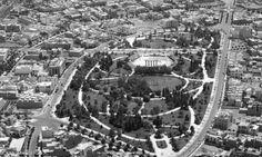 10 cosas que no sabías de las colonias Roma - Condesa  1. Las colonias Roma y Condesa se fundaron en el año de 1902. En esa época formaban parte de la municipalidad de México. 2.ElJockey Club de México,…