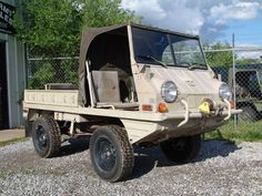 these can climb the side of a house. Steyr, Ranger Atv, Mercedes G Wagen, 4x4, Off Roaders, Super 4, Expedition Truck, Army Vehicles, Car Humor