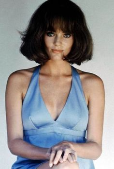 Glamorous Photos of Jacqueline Bisset in the and ~ vintage everyday Olivia De Havilland, Hooray For Hollywood, Old Hollywood, Classic Hollywood, Classic Beauty, Timeless Beauty, Jacqueline Bissett, English Actresses, Iconic Movies