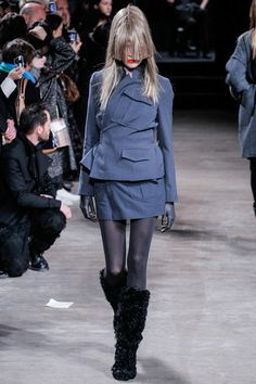 AF Vandervorst F2013 - great styling idea for those fabulous but too large jackets discovered in vintage stores :-)