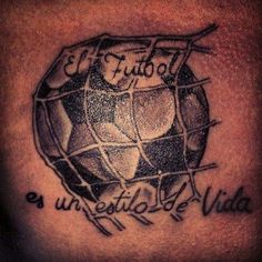 - BRICK - Futbol es vida Alguien tiene un mejor tatuaje?