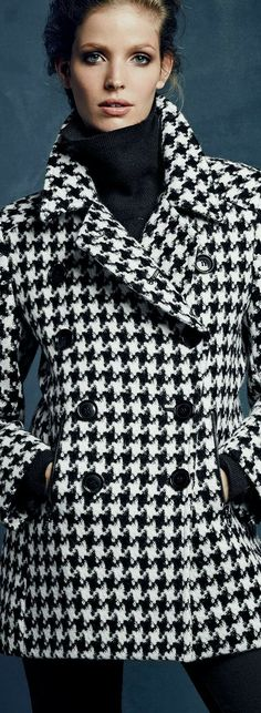 fall coats for women chic Coats For Women, Clothes For Women, Houndstooth Jacket, Outerwear Women, White Fashion, Capes, Fall Outfits, Stylish Outfits, Blazers