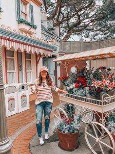 disneyland & # s best instagr Disneyland Paris, Disneyland Main Street, Disneyland Birthday, Disneyland Photos, Disney California, Disneyland California Adventure, California California, California Outfits, Disney Day