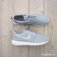 online retailer e9279 86779 Nike Roshe NM Flyknit