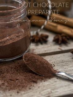 Preparato per cioccolata calda cannella e anice