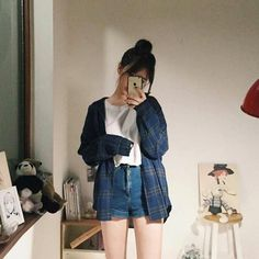Korean Fashion Trends you can Steal – Designer Fashion Tips Korean Girl Fashion, Korean Fashion Trends, Korean Street Fashion, Korea Fashion, Asian Fashion, Ulzzang Fashion Summer, Korean Fashion Shorts, Korean Fashion Casual, Fashion Styles