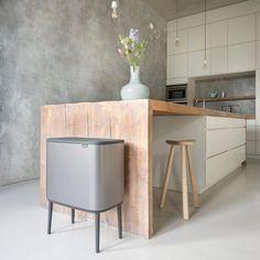 Brabantia bin Bo Touch bin new Classic Home Decor, Interior, Kitchen Remodel, Kitchen Decor, Home Remodeling, Entryway Decor, House Interior, Home Kitchens, Home Remodeling Diy