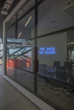 Galería de Edificio corporativo Comercial Sinsef / The Standard - 14