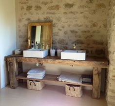 I love the sink stand! Possible DIY with farm wood. Upstairs Bathrooms, Rustic Bathrooms, Dream Bathrooms, Small Bathroom, Master Bathroom, Bad Inspiration, Bathroom Inspiration, Mexican Home Decor, Bathroom Interior