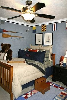 Nautical themed boy's bedroom - I like some elements here...