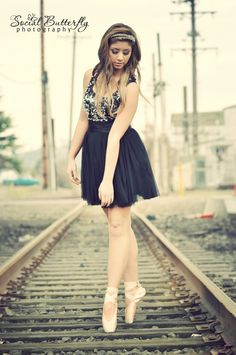 Senior pictures! Except this girls not making her feet look as good as they could in the shoes.