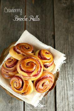 Cucina Scacciapensieri: Cranberry Brioche Rolls