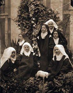 Catholic Gifts, Catholic Art, Roman Catholic, Sainte Therese De Lisieux, Ste Therese, Religious Images, Religious Art, Marie Madeleine, Catholic Pictures