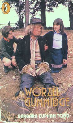 Worzel Gummidge The scarecrow that came to life 1970s Childhood, Childhood Tv Shows, My Childhood Memories, Best Memories, 1980s Tv Shows, Vintage Tv, Teenage Years, My Memory, Favorite Tv Shows