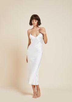 Issa Ivory Silk Slip Dress - The Covetable Issa Ivory Luxury Silk Slip Dress Ivory Silk, Silk Slip, Red Silk, Black Silk, Tee Dress, Belted Dress, Satin Dresses, Elegant Dresses, Pretty Dresses