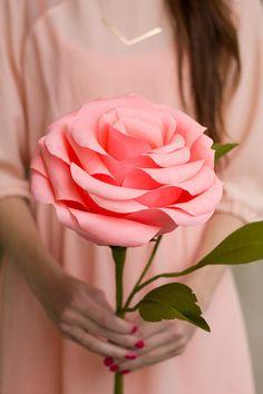 giant crepe paper rose by studio DIY Flower Crafts, Diy Flowers, Fabric Flowers, Paper Flowers, Flower Diy, Large Flowers, Tissue Flowers, Wedding Flowers, Fun Crafts