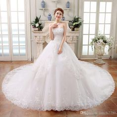 I found some amazing stuff, open it to learn more! Don't wait:https://m.dhgate.com/product/2015-vintage-short-ball-gown-wedding-dresses/229127382.html