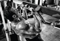 chin-up-to-build-big-arms