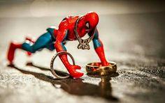 Spiderman rings