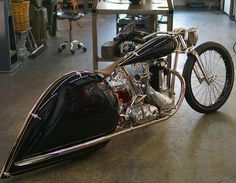 Streamline Moderne: Max Hazan's astonishing BSA 500 Cool Motorcycles, Harley Davidson Motorcycles, Custom Harleys, Custom Bikes, Ducati, Bsa Motorcycle, Streamline Moderne, Bobber Chopper, Cafe Racer