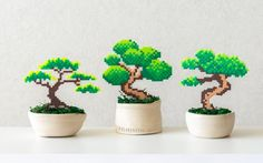 Bonsai tree Pixel Plant in a pot Artificial plant Potted plant perler hama beads Wedding centerpiece pixel art faux plant office decor Easy Perler Bead Patterns, Perler Bead Templates, Diy Perler Beads, Perler Bead Art, Hamma Beads 3d, Fuse Beads, Pearler Beads, Pixel Art, Hama Beads Design