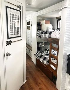 Remodel Caravane, School Bus Camper, Camper Trailers, Travel Trailers, Rv Travel, Shasta Trailer, Rv Campers, Travel Trailer Remodel, Trailer Decor