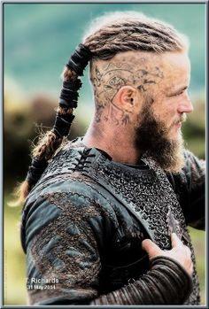 Travis Fimmel as Ragnar Lothbrok in Vikings | Custom Design Shoes | Worldwide | Elect | #ragnarlothbrok #vikings #electman