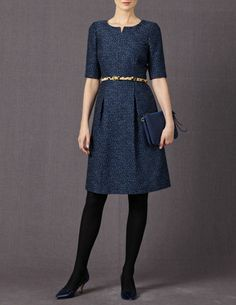 Dorchester Dress - I like the oversize tweed onscreen, at least ...