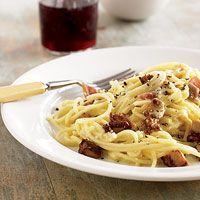 Spaghetti Carbonara (via Parents.com)-kids should like this - close to bacon and could add peas