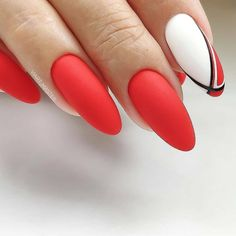 The advantage of the gel is that it allows you to enjoy your French manicure for a long time. There are four different ways to make a French manicure on gel nails. Winter Nails, Summer Nails, Red Nails, Hair And Nails, Cute Nails, Pretty Nails, Manicure, Latest Nail Art, Creative Nails