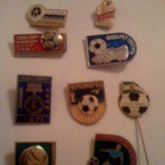 Football pins Football, Cool Stuff, Fun, Soccer, Futbol, American Football, Soccer Ball, Hilarious