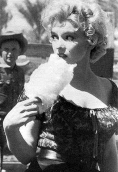 "Marilyn Monroe on the set of ""Bus Stop"", 1956."