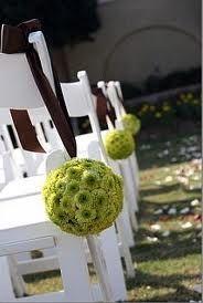 green chrisanteum balls